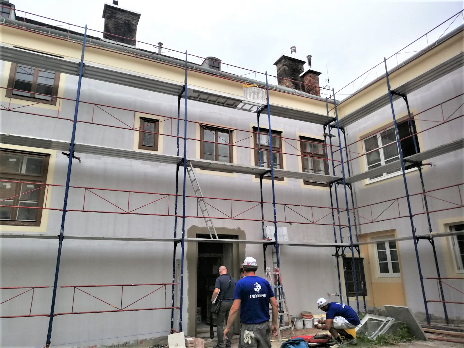 Rathaus-Pottenstein-Handwerker-5